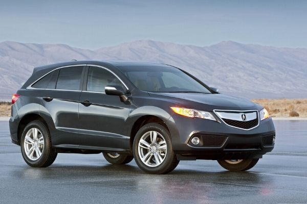 Pro Buying Tips for Used Luxury SUVs: All You Need To Know and Avoid Getting a Bad Deal