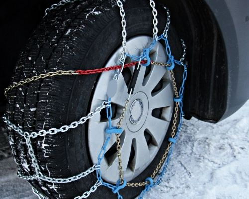 Winter Time: The 7 Tips Driving Safety Tips that Drivers Will Need to Avoid Accidents
