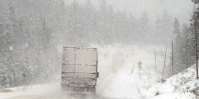 When Trucking in The Winter: 11 Safety Rules for Truckers to Follow