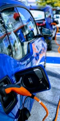 Electric Vehicles Winter Tips: How to Extend Range in Colder Temperatures