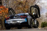 2015 BMW i8 rear