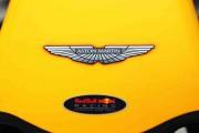 Aston Martin Unveils Vanquish Zagato Coupe, Convertible