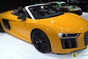 2017 Audi R8 Spyder - Exterior and Interior Walkaround - Debut at 2016 New York Auto Show