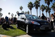 Street Performer Dub FX Creates Music With Ford C-MAX And Line 6 In Venice Beach