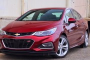2017 Chevrolet Cruze Review: Tiny and Terrific