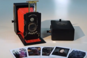 Jollylook - The First Cardboard Vintage Instant Camera