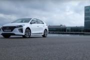 Hyundai IONIQ Hybrid (Driving Trailer)