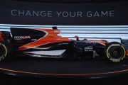 McLaren Goes Through Engine Issues on First Morning on F1 Testing