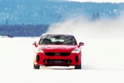 2018 Kia Stinger GT Conquered Its Winter Drive Over a Frozen Lake