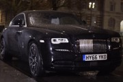 Rolls-Royce Wraith Black Badge is Perfect for the Young Elite