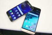 Samsung Galaxy S7 vs LG G5 - Hands On Impressions!