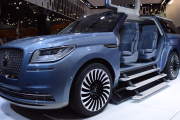 2017 Lincoln Navigator Concept - World's Largest SUV