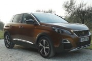 New Peugeot 3008 SUV Features Innovative Technology