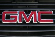 New 2017 GMC Canyon Has Everything You Want In a Smart-Sized Pickup Truck