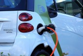 7 Challenges of Electric Vehicle Adoption
