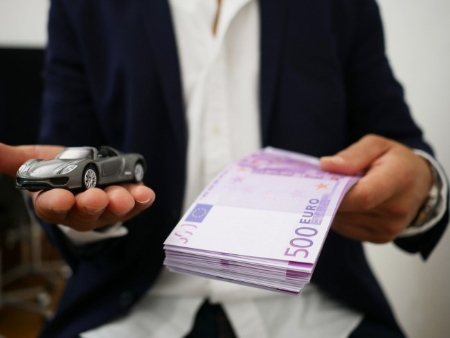 Cash or Loan: Car Finance Types Explained
