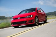 2015 Volkswagen Golf GTI Picture