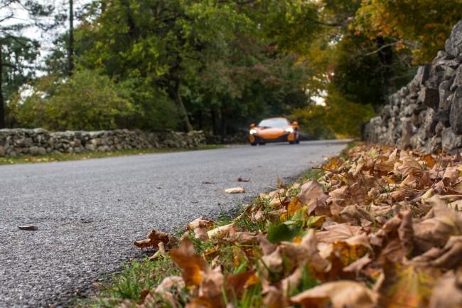 2015 McLaren 650S rumbling and rustling