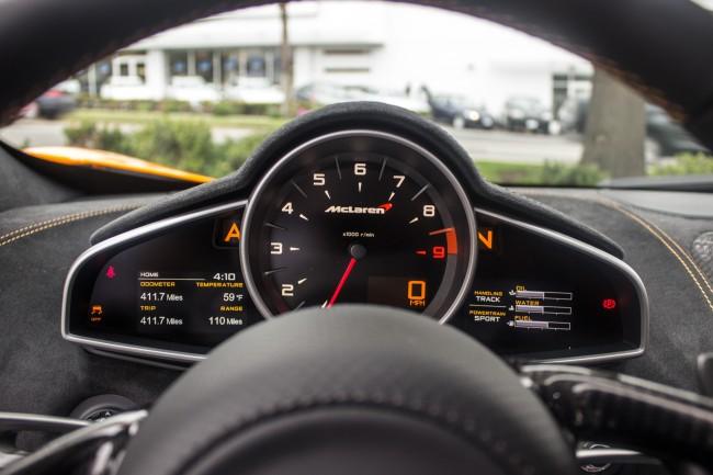 2015 McLaren 650S instrument panel